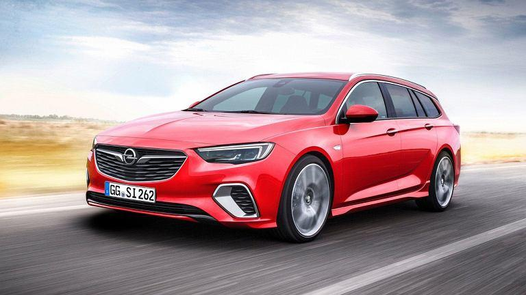 z22340755IE Opel-Insignia-GSi-Sports-Tourer.jpg
